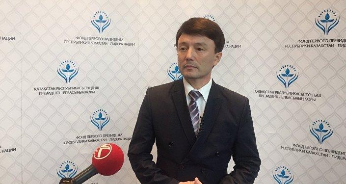 Отец Димаша Кудайбергенова