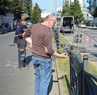 Батуми приходит в себя после беспорядков: кадры восстановительных работ