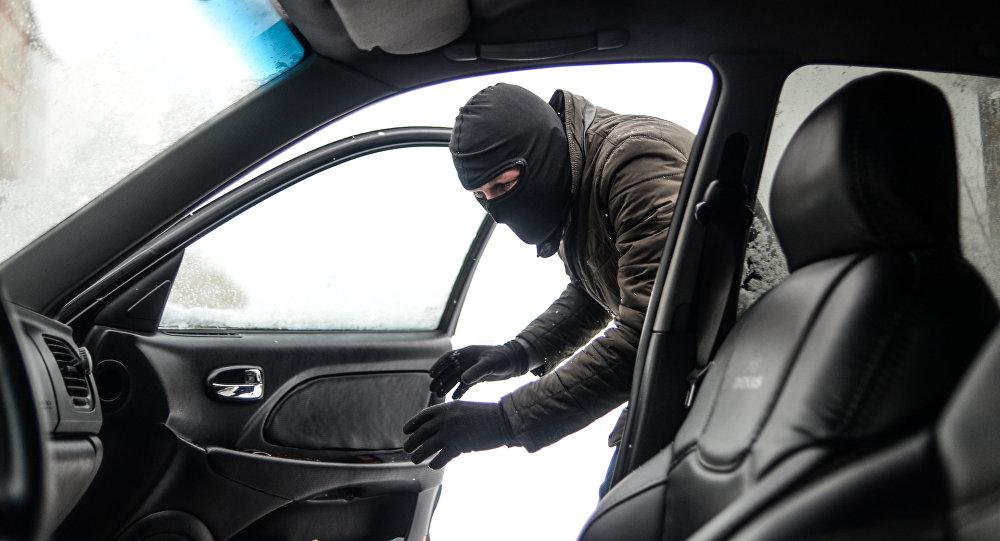 ВЮКО инсценировали ограбление машины, перевозившей деньги букмекеров