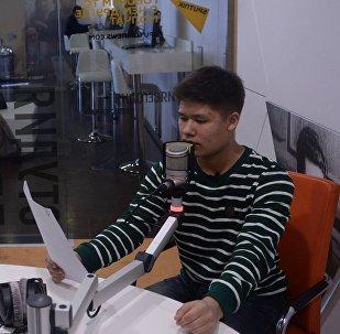 Участники проекта Ты супер! Влад Лоскутов и Анастасия Кравченя в студии радио Sputnik