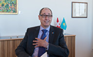 Посол Швейцарии Урс Шмид