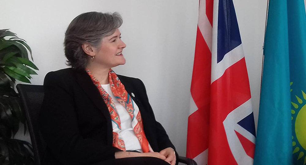 Посол Великобритании в Казахстане Кэролин Браун