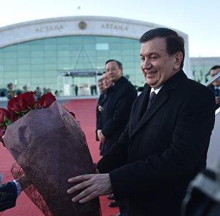 В Астану с государственным визитом прибыл Президент Республики Узбекистан Ш.Мирзиеев