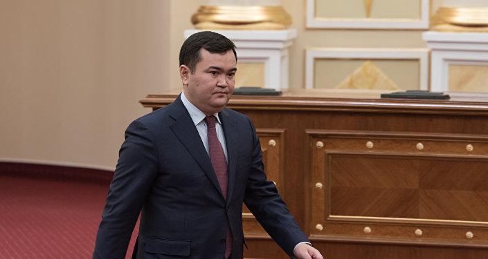 Женис Касымбек - министр индустрии и инфраструктурного развития
