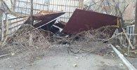 Ветер унес крышу дома