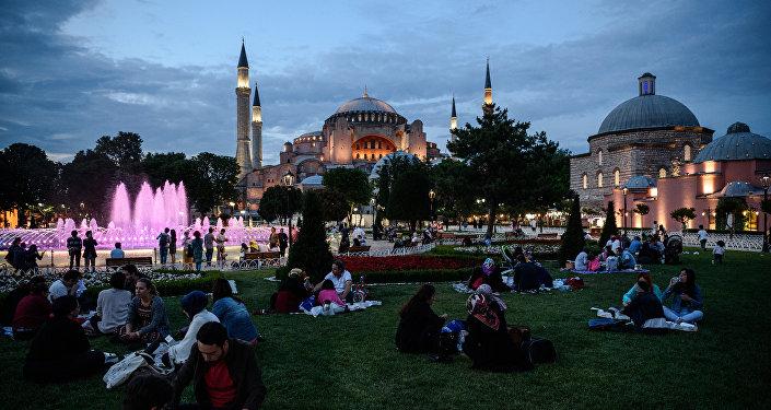 Голубая мечеть в Стамбуле, архивное фото