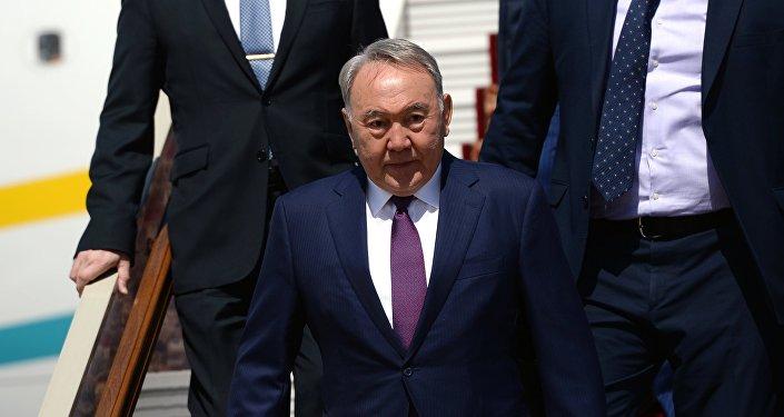 Глава РК Нурсултан Назарбаев, архивное фото