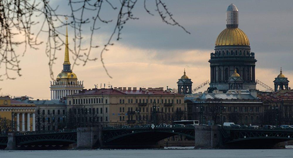 Архивное фото Санкт-Петербурга