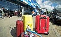 Архивное фото багажа в аэропорту