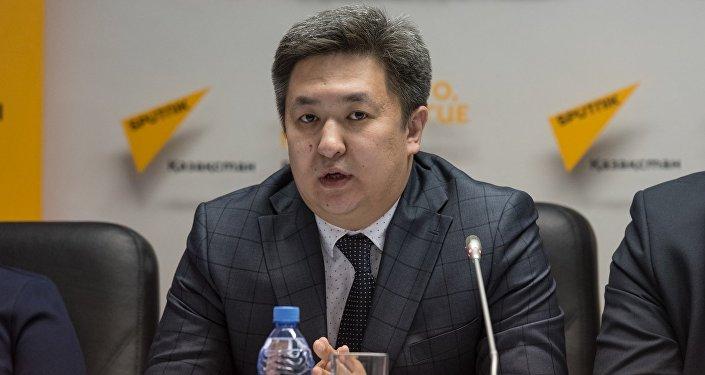 Алау Ахметжанов