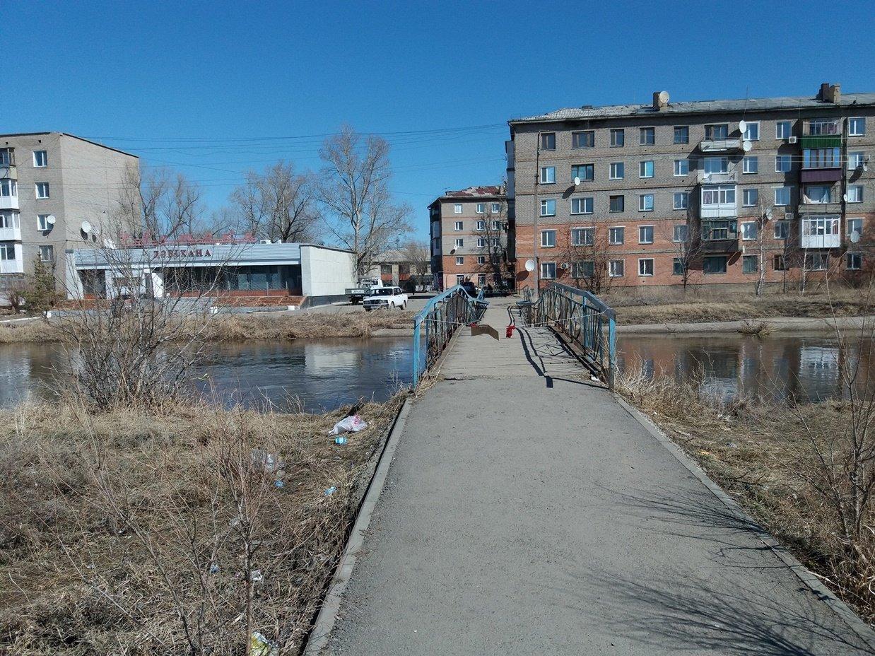 Мост провалился в реку в Кокшетау