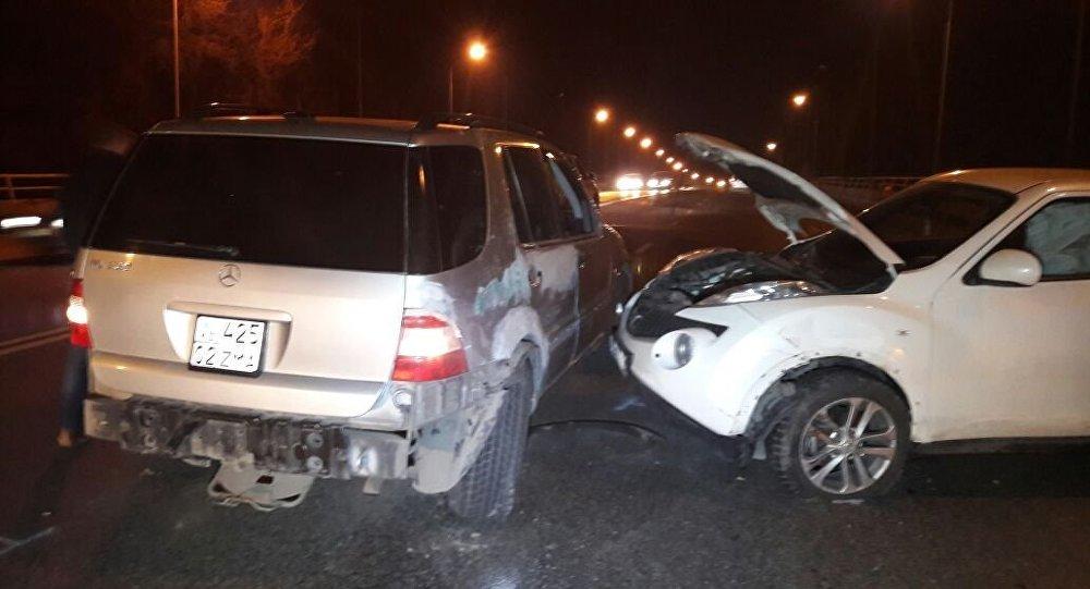 Массовое ДТП произошло в Алматы