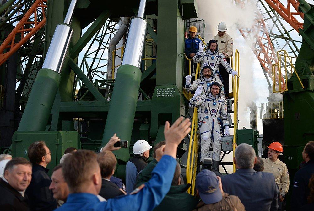 Старт космического корабля Союз ТМА-18М с экипажем 45/46-й длительной экспедиции на МКС