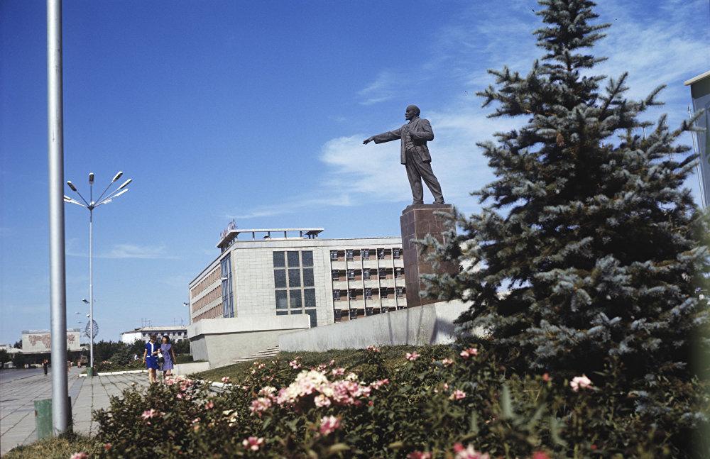 Чимкенттегі Ленин атындағы алаң