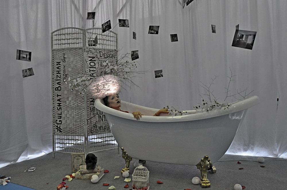 Инсталляция во время выставки цветов
