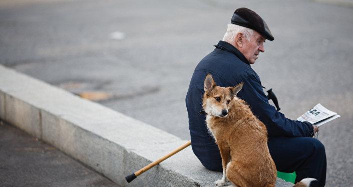 С1июля мангистаусцам поднимут пенсии ипособия