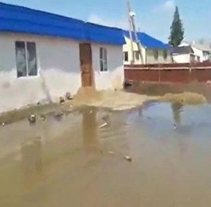 Потоп в Карагандинской области: в селах началась экстренная эвакуация
