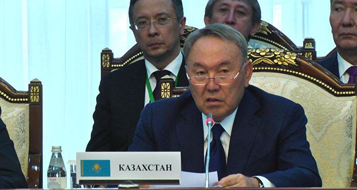 Назарбаев рассказал, чем Казахстан помогает Кыргызстану