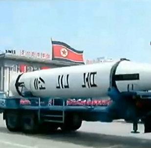 Истребители, танки и баллистические ракеты - военный парад в Северной Корее