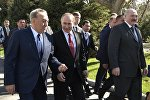 Главы стран ЕАЭС на саммите в  Бишкеке, архивное фото
