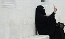 Женщина в парандже, архивное фото