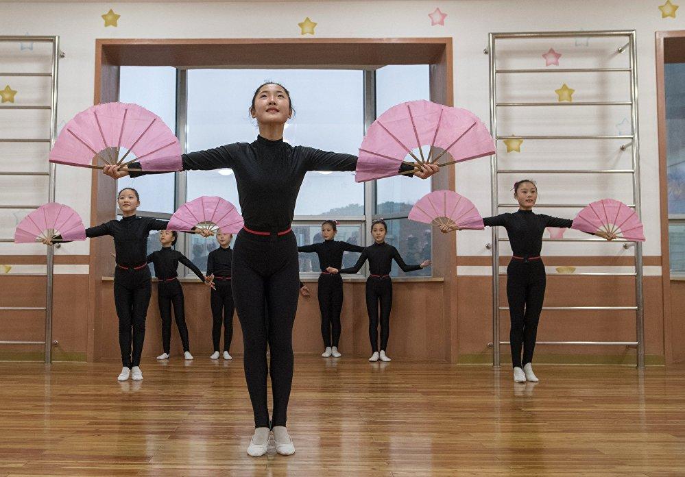 Пхеньянский Дворец детского творчества