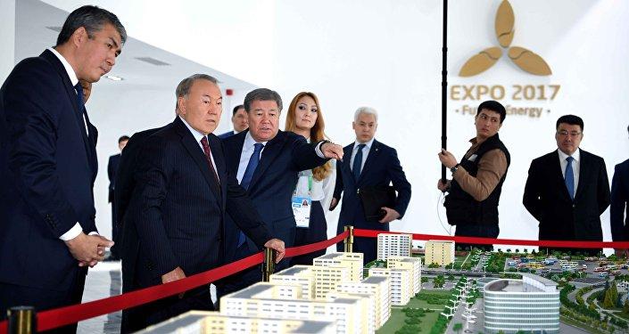 Нурсултан Назарбаев на совещании по развитию Астаны и подготовке к ЭКСПО
