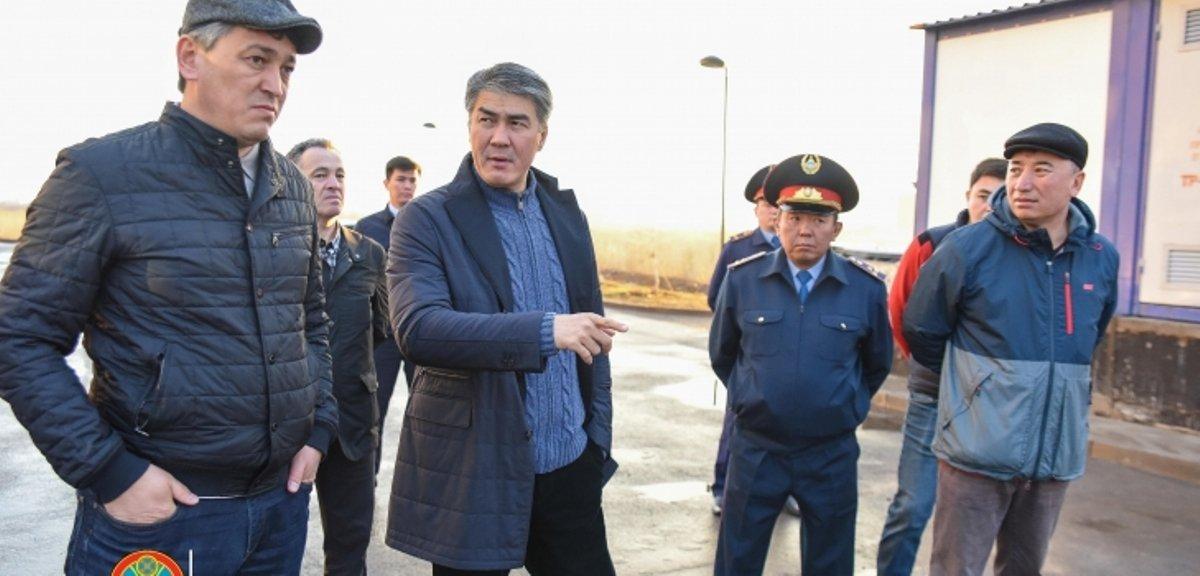Асет Исекешев во время объезда по Астане
