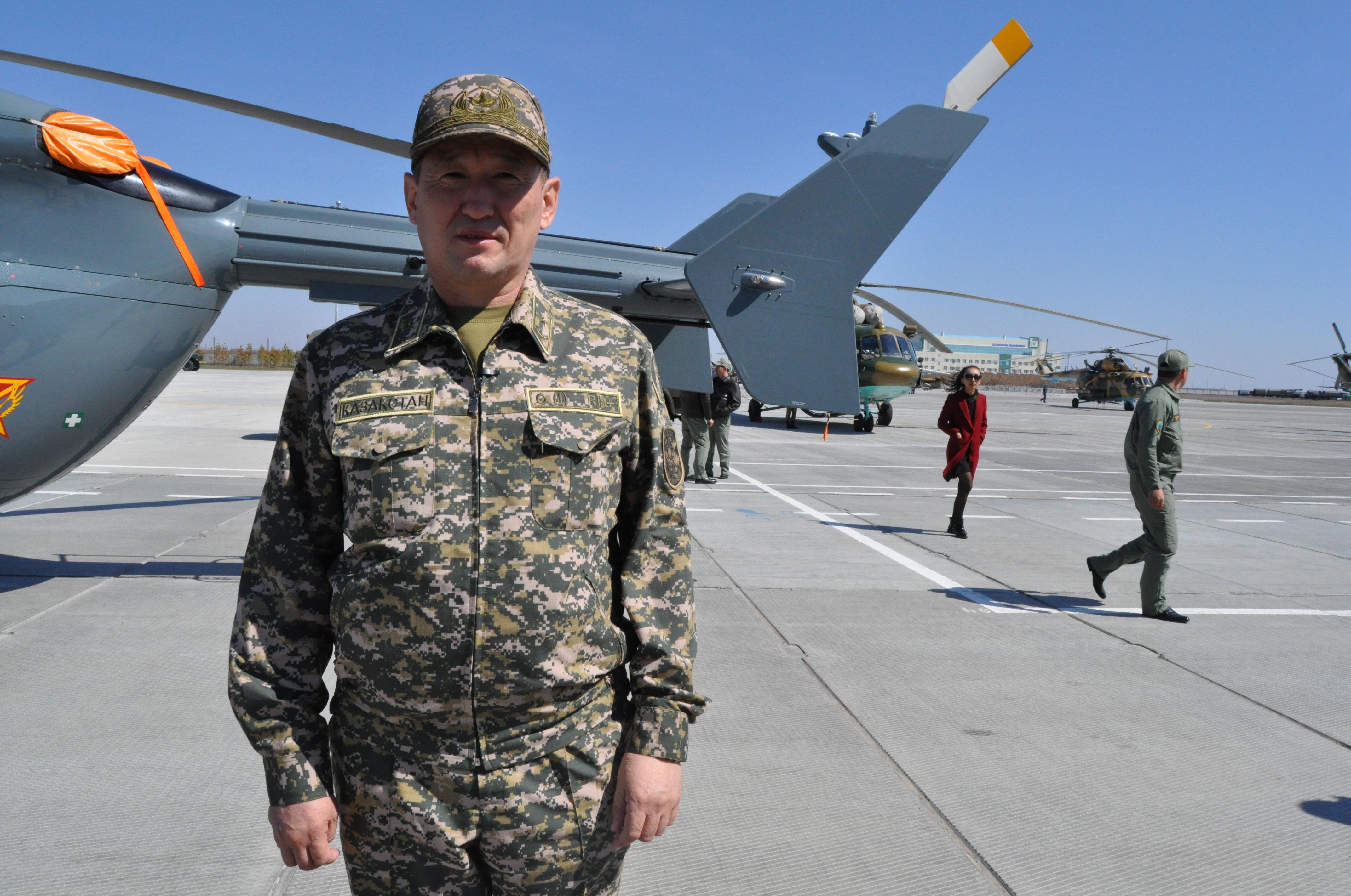 Генерал – майор авиации Даурен Косенов