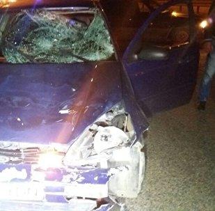 Водитель сбил двух нетрезвых пешеходов в Алматы
