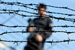 Тюремный охранник, архивное фото