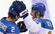 Архивное фото игроков сборной Казахстана по хоккею