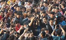 Восторженная толпа приветствовала Димаша на концерте в Астане