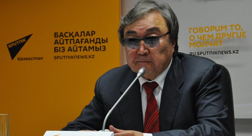 Олжас Сулейменов