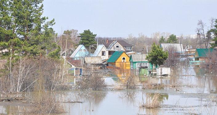 Паводок на дачном массиве близ Петропавловска
