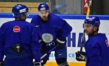 Игроки сборной Казахстана по хоккею