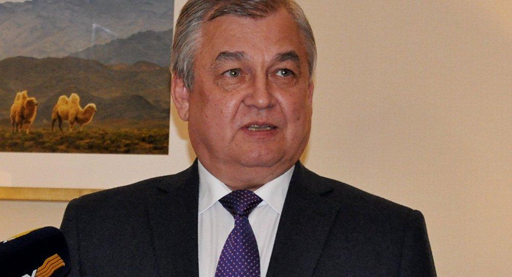 Александр Лаврентьев