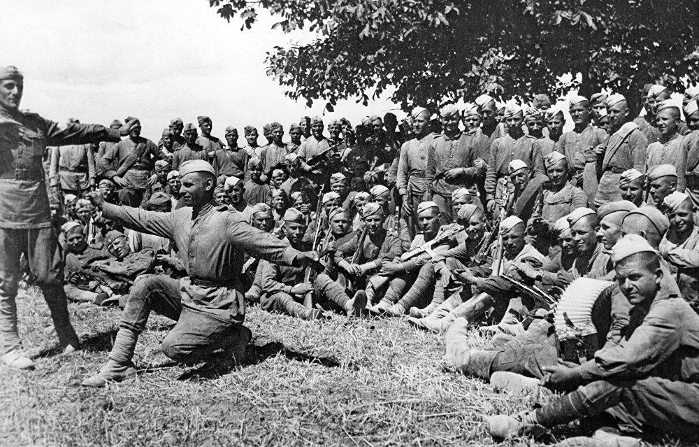 Солдаты Красной Армии