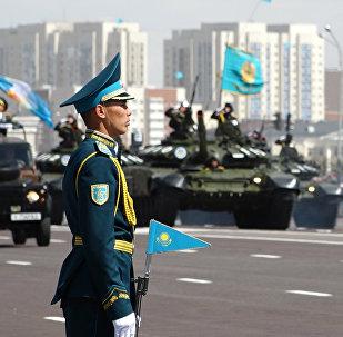 Астанада ел тарихындағы ең ауқымды әкери парад өтті