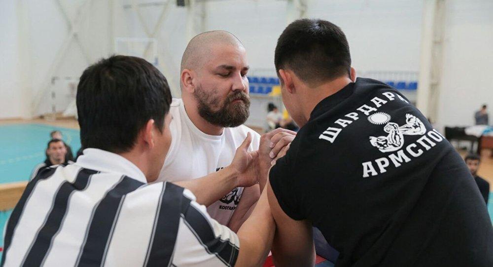 Чемпионат Казахстана по армрестлингу