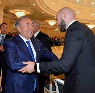 Нурсултан Назарбаев и Василий Левит