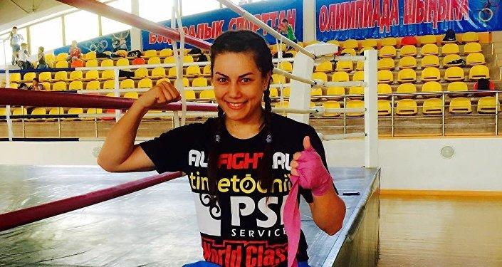 Архивное фото казахстанкой боксершы  Фирузы Шариповой