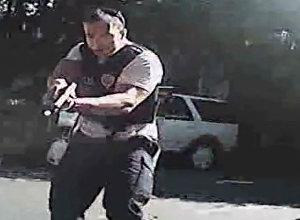 Полицейские застрелили афроамериканца в Северной Каролине. Кадры инцидента