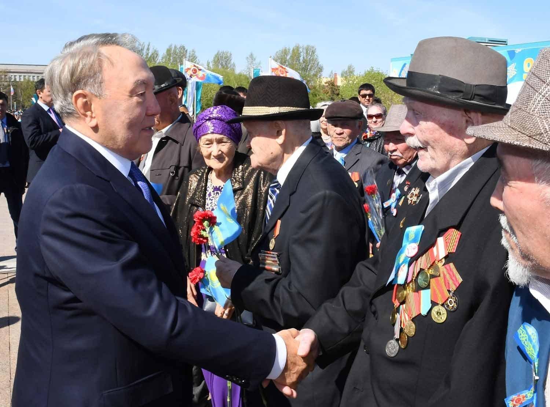 Нурсултан Назарбаев поздравил ветеранов