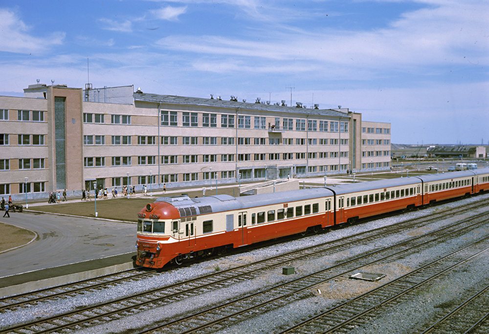 Корпус управления угольного разреза Богатырь в городе Экибастуз. Архивное фото