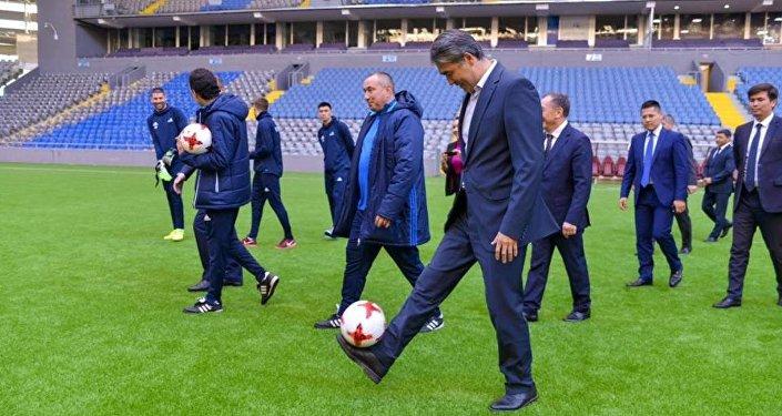 Асет Исекешев на Астана Арене