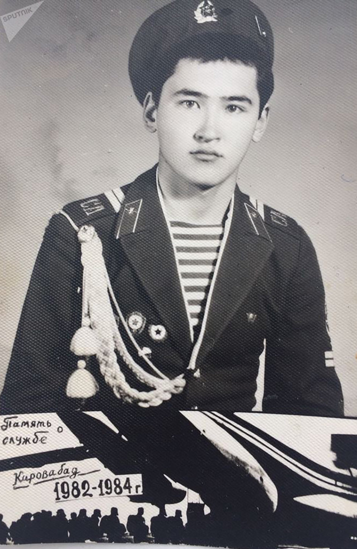Армейское фото Балтабека Нурахметова, фото из личного архива