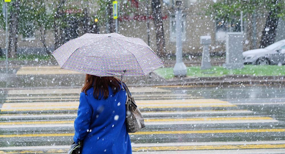 Неустойчивая погода, архивное фото