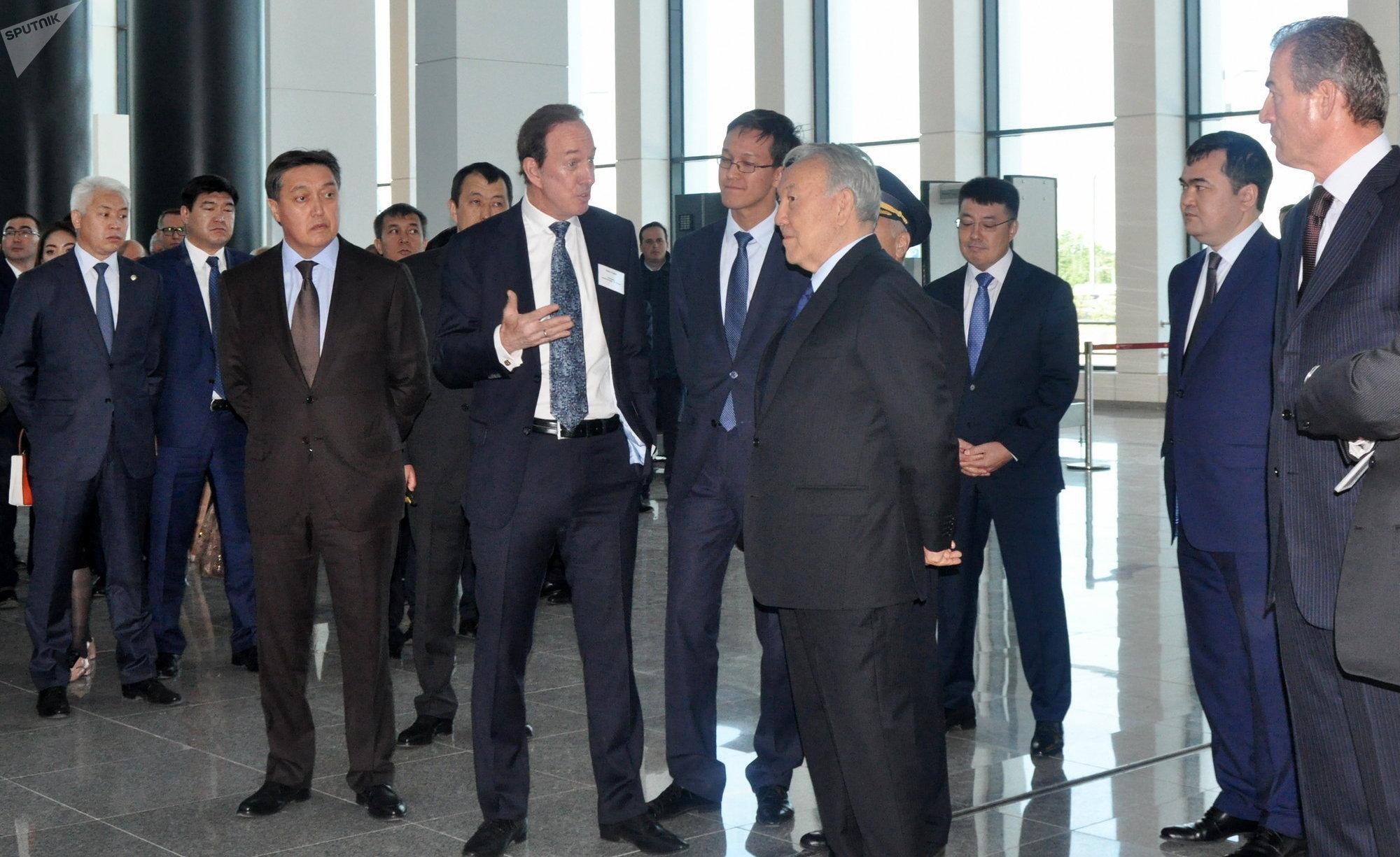 Президент компании Эйр Астана Питер Фостер  отметил растущую роль столицы во влиянии на авиаперевозки, рассказал, за что он благодарен президенту и для чего в столице нужен новый терминал