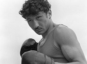 Архивное фото легендарного узбекского боксера Руфата Рискиева